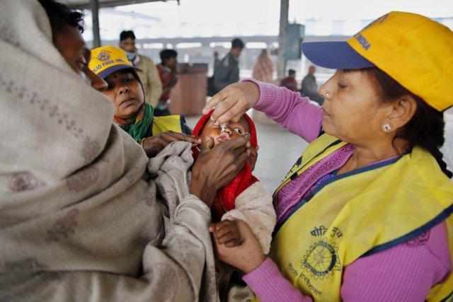 L'Inde a réussi à éradiquer la polio en... (PHOTO RAJESH KUMAR SINGH, AP)