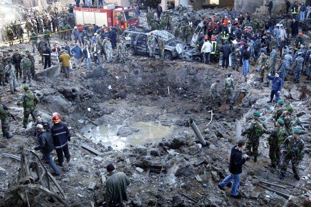 L'explosion ayant coûté la vie à rafic Hariri... (PHOTO ARCHIVES AP)