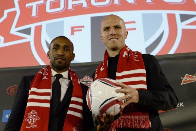 Les deux nouvelles acquisitions du Toronto FC, l'attaquant... (Photo Frank Gunn, PC)