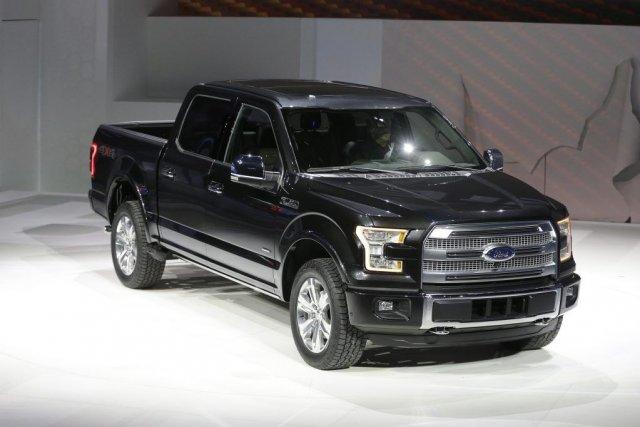 La nouvelle version du pick-up F-150 de Ford,... (Photo Carlos Osorio, AP)