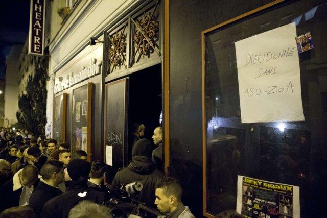 L'affiche annonçant le nouveau spectacle de Dieudonné,Asu Zoa,... (Photo: AFP)