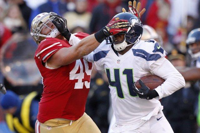 Les 49ers ont commis sept revirements et ont... (Photo: Reuters)