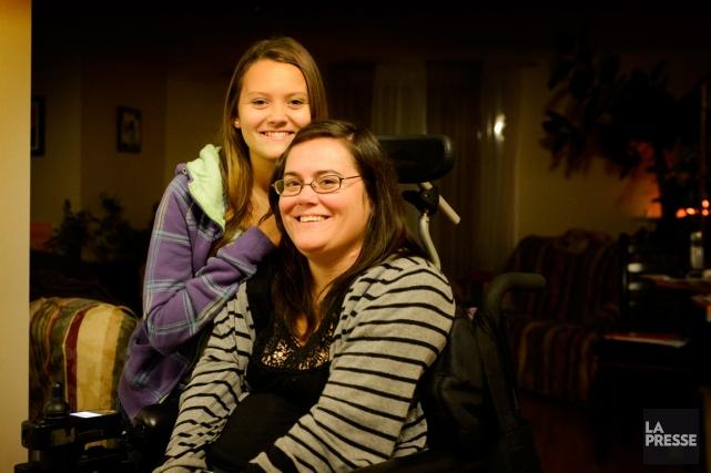 Stéphanie Keegan, 37 ans et Cassandra Stewart, 14... (Photo Bernard Brault, La Presse)