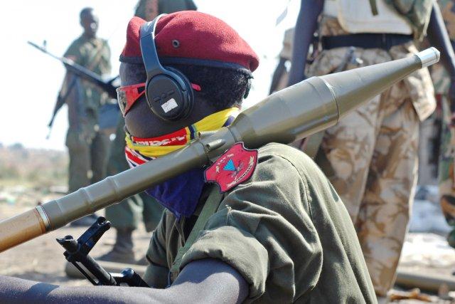 Les combats, qui sévissent au Soudan du Sud... (PHOTO CHARLES LOMODONG, AFP)