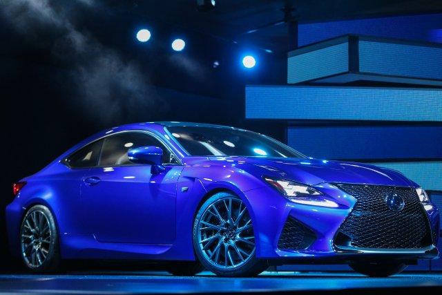 La nouvelle Lexus RC F à moteur V8... (Photo Geoff Robins, AFP)