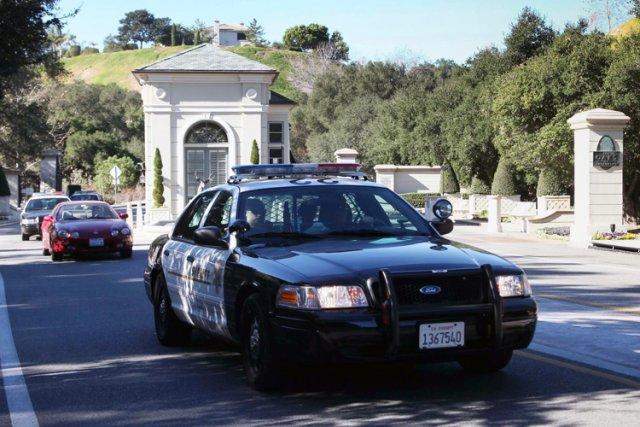 Bieber vit dans une «communauté protégée», Calabasas, située... (Associated Press)