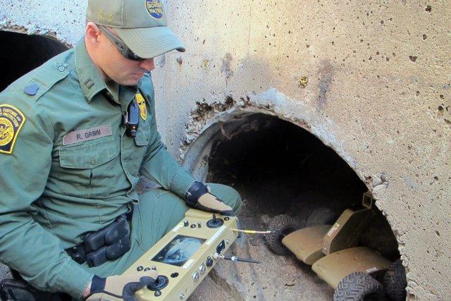 Près de 170 tunnels ont été trouvés depuis... (Photo Brian Skoloff, AP)