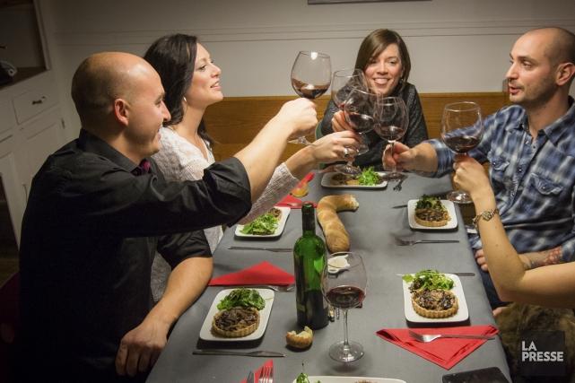 Le premier repas Cookening organisé au Québec a... (PHOTO OLIVIER PONTBRIAND, LA PRESSE)