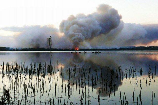 Les incendies de brousse sont fréquents en Australie... (Photo AFP)
