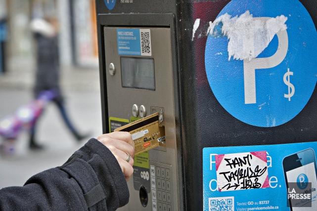 En 2012, sur des revenus de parcomètres de... (Photo Patrick Sanfacon, La Presse)