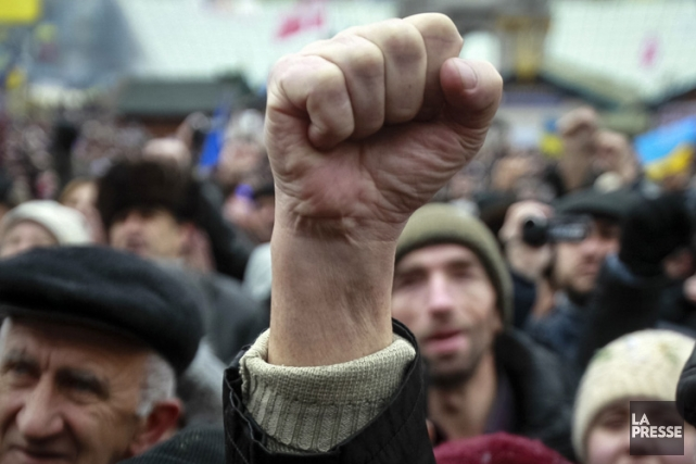 Kiev est le théâtre depuis plus d'un mois... (Photo: Reuters)