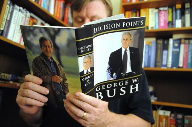 Si le nombre de personnes qui lisent sur... (PHOTO KAREN BLEIER, AFP)