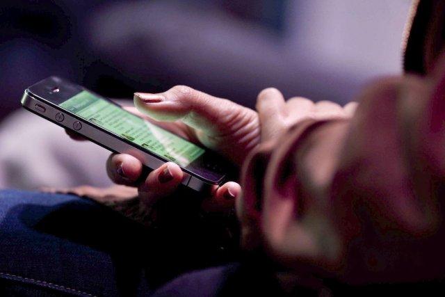 Les internautes français utilisent avant tout Facebook (74%),... (Photo Victor Blue, The New York Times)