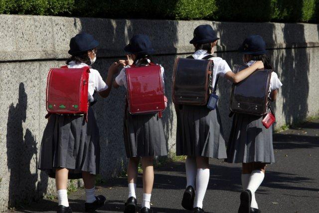 Plus de 900 écoliers dans la ville deHamamatsusont... (Photo Yuriko Nakao, archives Reuters)