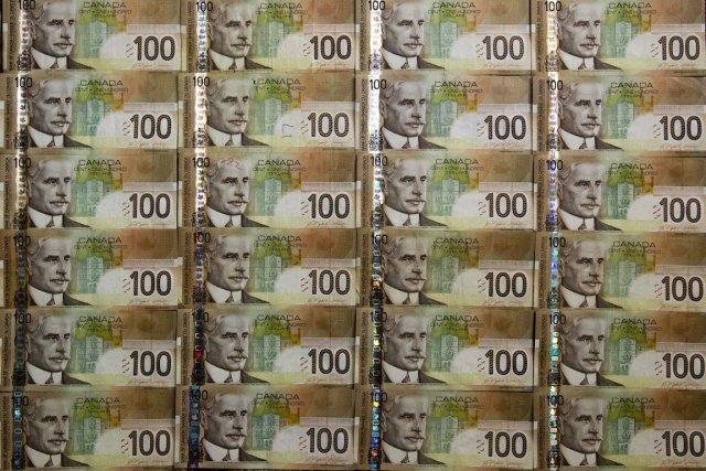 Les avoirs étrangers en titres d'emprunt canadiens ont... (Photo Brent Lewin, Bloomberg)