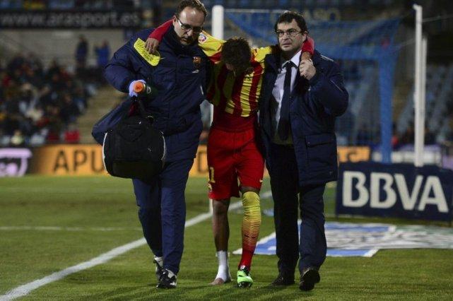 L'attaquant brésilien Neymar a subi une entorse à... (Photo AFP)