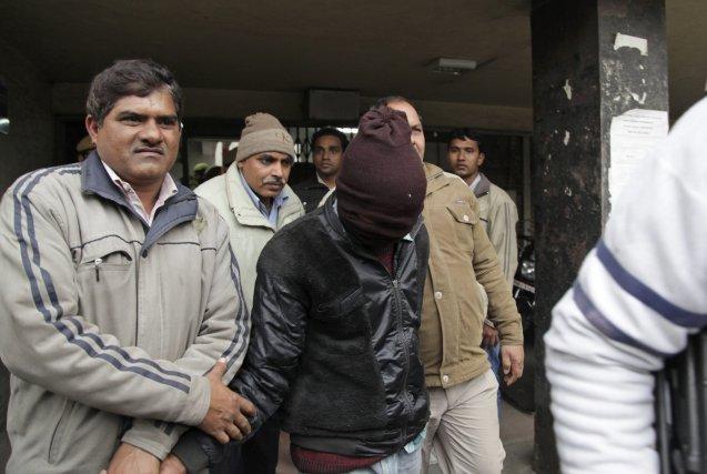 Un policier a affirmé jeudi que les «coupables»... (Photo Tsering Topgyal, AP)