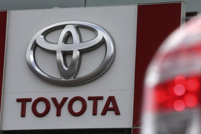 Le constructeur d'automobiles japonais Toyota, qui avait été détrôné au premier... (Photo Alexander Demianchuk, archives Reuters)