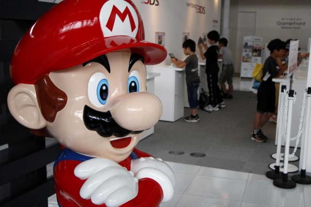 Super Mario est délaissé par les amateurs de... (Photo Reuters)