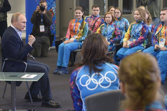 Le président russe Vladimir Poutine a rencontré des... (Photo Alexey Nikolsky, AFP)