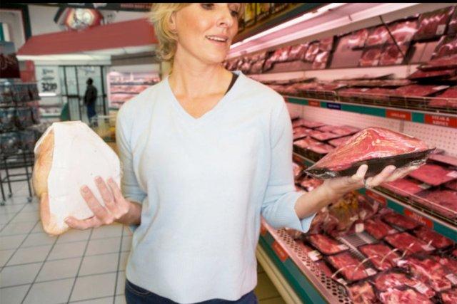 Pour la première fois en 100 ans, les Américains ont consommé plus de poulet... (PHOTO DIGITAL VISION/THINKSTOCK)