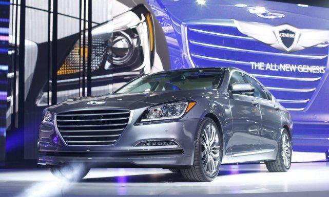 La nouvelle Hyundai Genesis berline joue dans le... (Photo Joshua Lott, Reuters)
