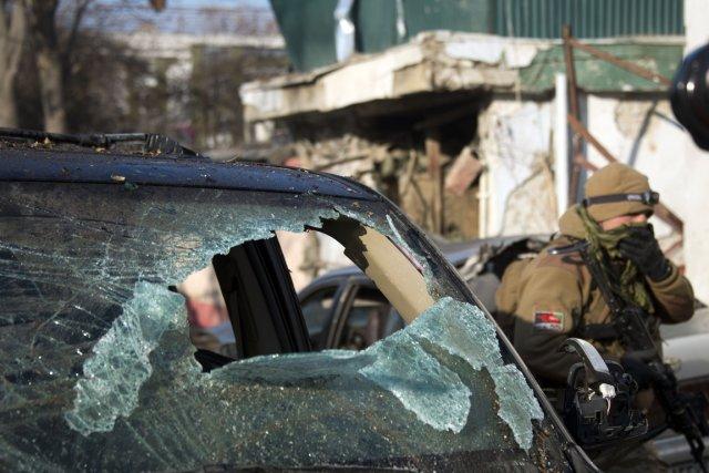 L'attaque a visé «La Taverne du Liban», un... (PHOTO JOHANNES EISELE, AFP)