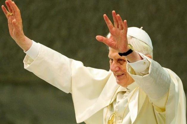 Benoît XVI, maintenant pape émérite après avoir démissionné... (Photo archives AFP)