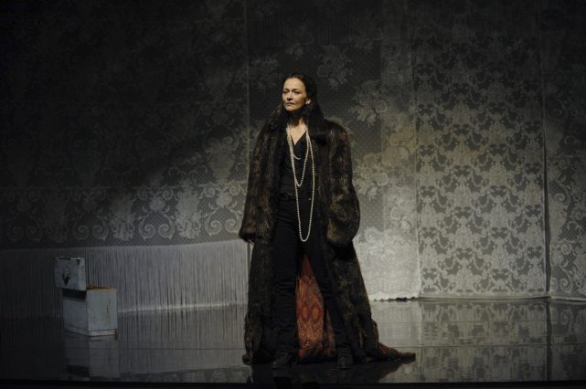 Sylvie Drapeau dans Le carrousel.... (PHOTO VALÉRIE REMISE)