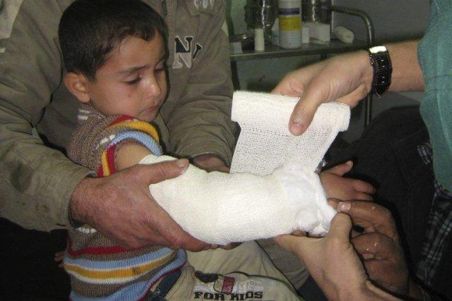 Ces dernières violences interviennent au moment où les... (Photo Reuters)