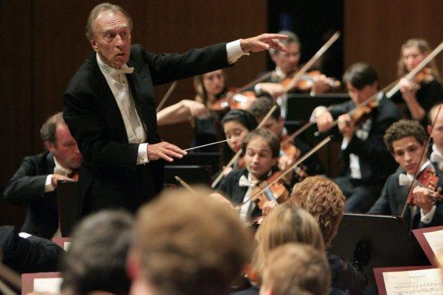 Claudio Abbado au Festival de Lucerne en 2007.... (Photo: archives AP)