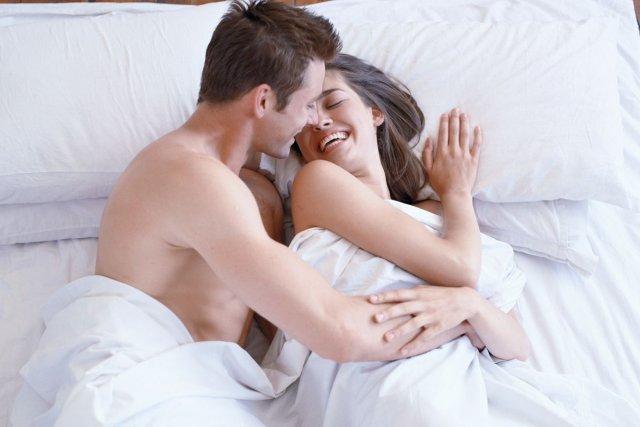 Les sites de rencontres affirment avoir le savoir-faire nécessaire et les... (Photos.com)