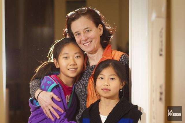Stella Riggi et ses deux filles, Clara, 11... (Photo André Pichette, La Presse)