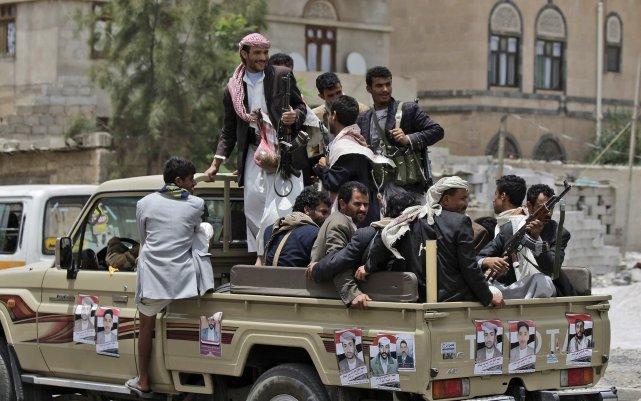 Les rebelles chiites avaient alors déclenché les hostilités,... (PHOTO HANI MOHAMMED, ARCHIVES AP)