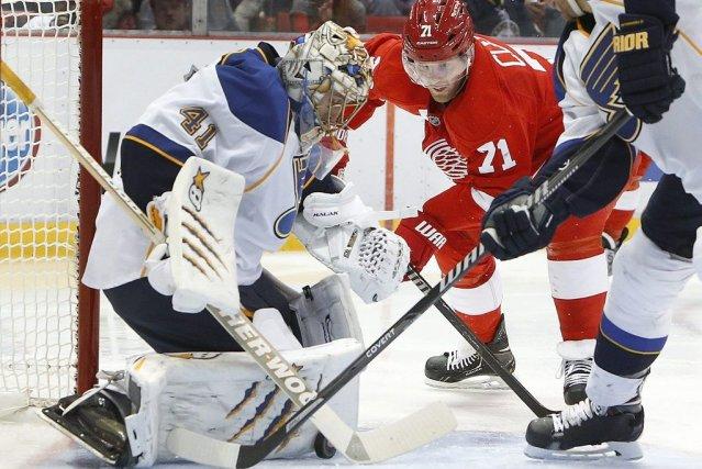 Jaroslav Halak a bloqué 22 tirs pour aider les Blues de St. Louis à l'emporter... (Photo: AP)
