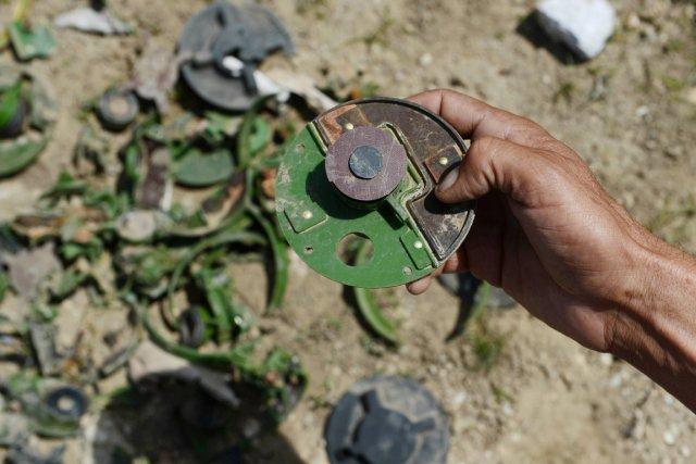 Les démineurs avaient été enlevés par un groupe... (PHOTO SHAH MARAI, ARCHIVES AFP)