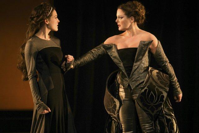 Rachel Graton (Jane) et Julie Le Breton (Marie... (Photo: Robert Etcheverry, fournie par la production)