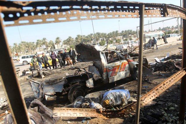 Les attentats terroristes se succèdent en Irak à... (PHOTO AHMAD AL-RUBAYE, ARCHIVES AFP)