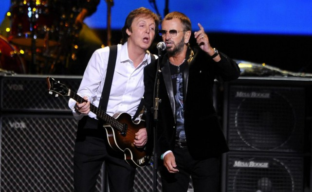 Paul McCartney et Ringo Starr en avril 2009.... (PHOTO ARCHIVES AP)