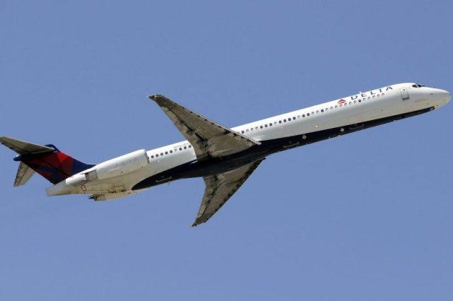 La société aérienne a enregistré au cours du... (Photo Alan Diaz, AP)