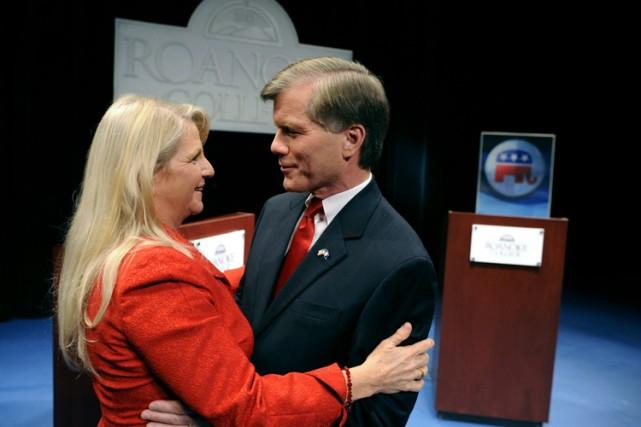 Bob McDonnell et sa femme Maureen, en 2009.... (Photo: AP)