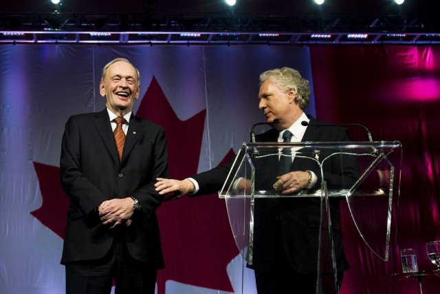 Jean Chrétien et Jean Charest.... (Photo La Presse Canadienne)
