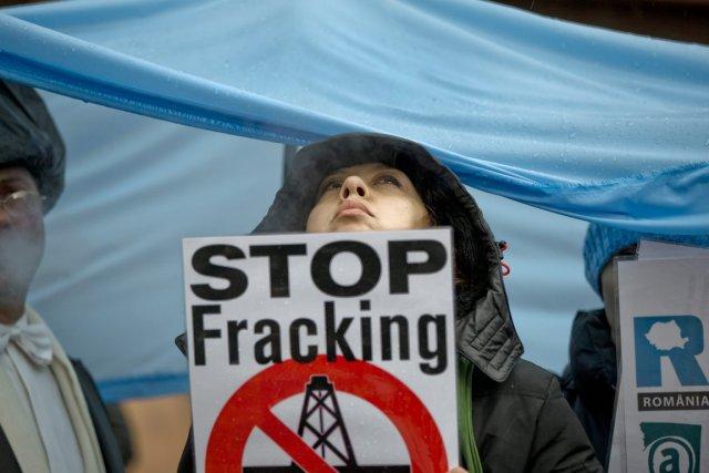 Les opposants à l'exploitation du gaz de schiste... (PHOTO VaADIM GHIRDA, AP)