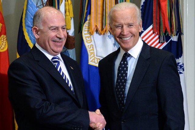 Le vice-président Joe Biden a accueilli mercredi à... (Photo: Reuters)