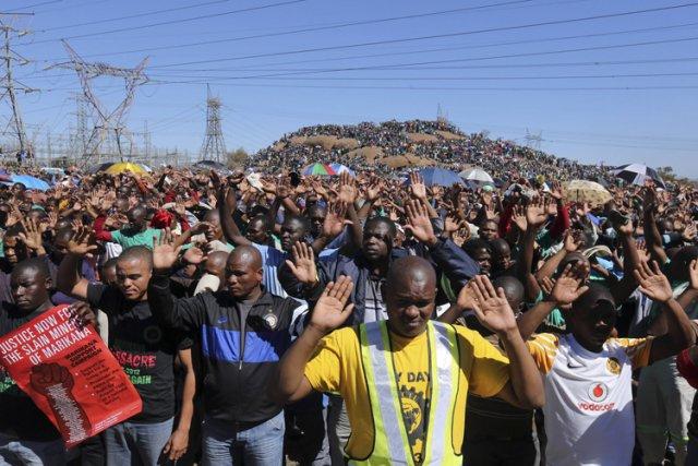 La revendication des 12 500 rands est chargée... (Archives Reuters)