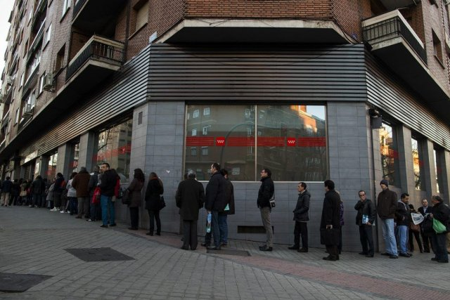 La crise sociale reste profonde en Espagne au... (Photo Andres Kudacki, AP)