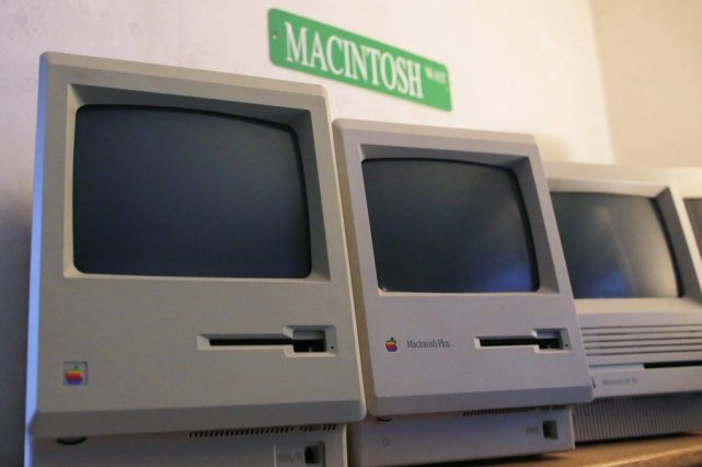 Avant la présentation du «mac» le 24 janvier... (PHOTO BRIAN SNYDER, REUTERS)