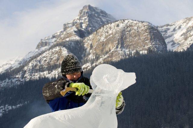 Les amateurs de sculpture sur glace seront comblés... (Photo Archives PC)