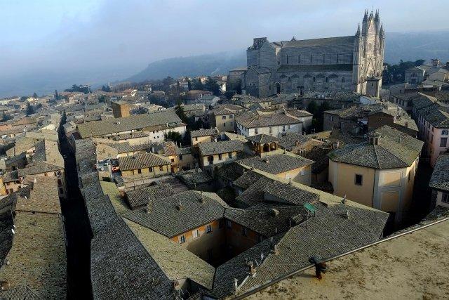 Orvieto, bijou de 21 000 âmes perché sur... (Photo ALBERTO PIZZOLI, AFP)