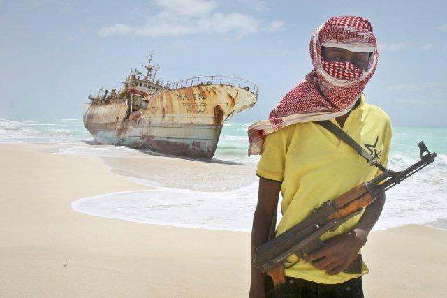 Seules huit attaques de navires par des groupes... (PHOTO FARAH ABDI WARSAMEH, ARCHIVES AP)